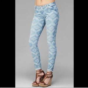 7 For All Mankind Aztec Print Skinny Jeans